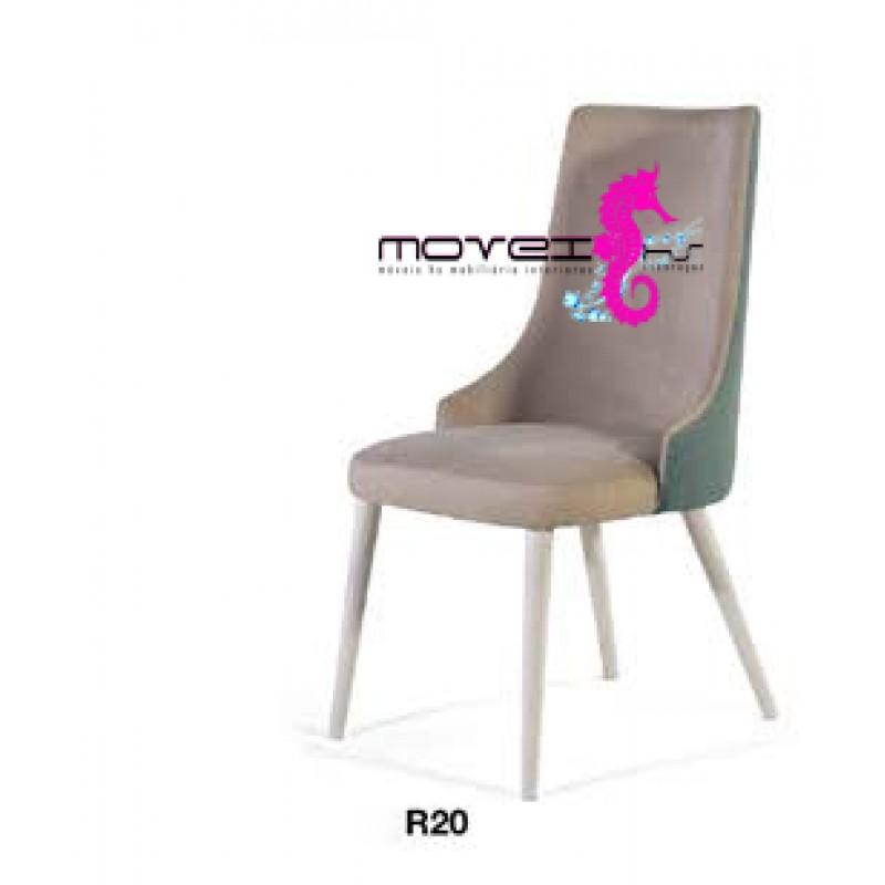 Cadeira 020